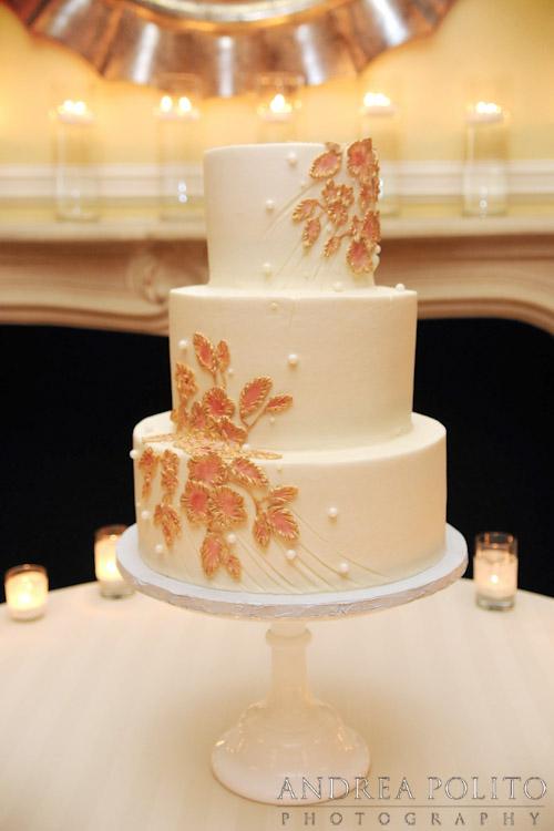 custom-wedding-cake-ivory-goldpainted-leaves.jpg