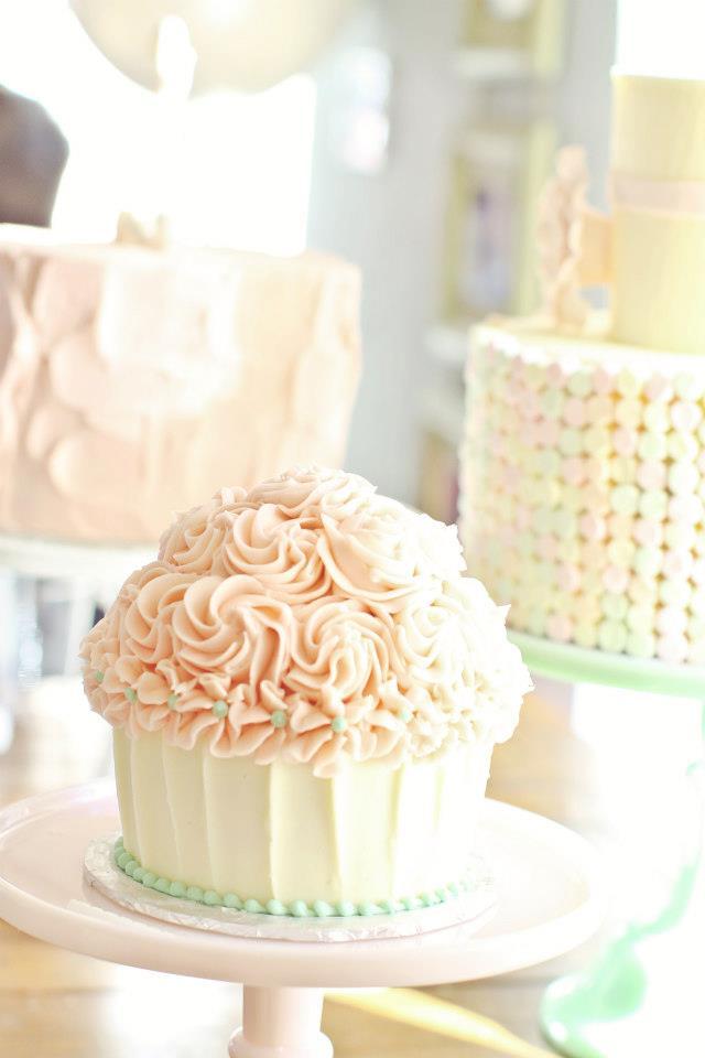 party-cakes-firstbirthday-cupcake-smashcake.jpg