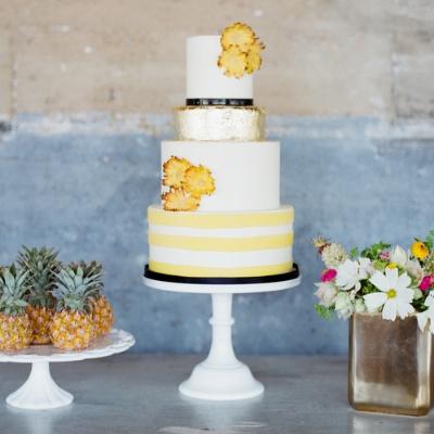 Sugar Bee Sweets Signature Wedding Cake: Prim & Preppy