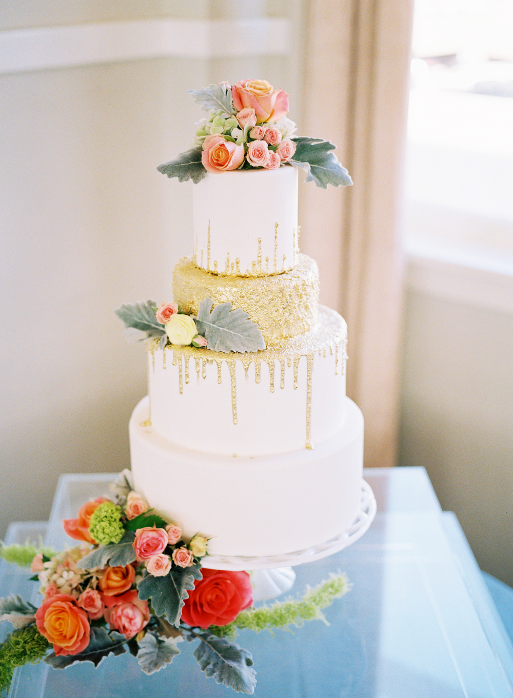 custom-wedding-cake-white-gold-drizzle-dustymiller-sugarbeesweets.JPG