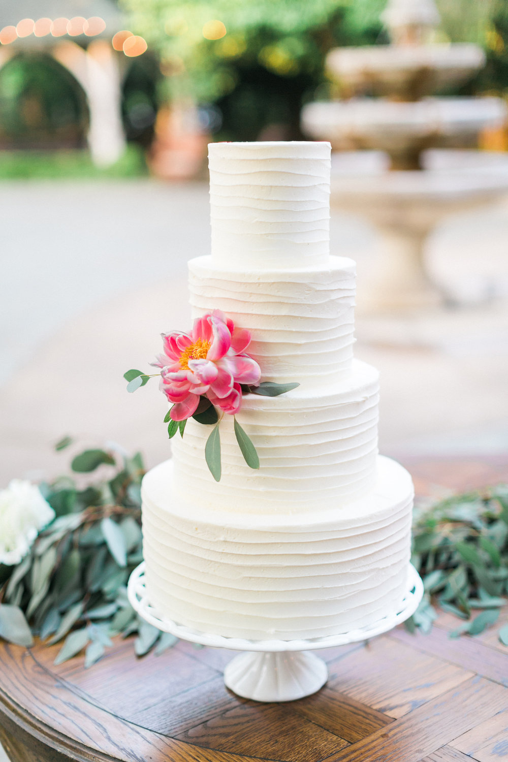 custom-wedding-cake-white-horizontal-texture-sugarbeesweets.jpg