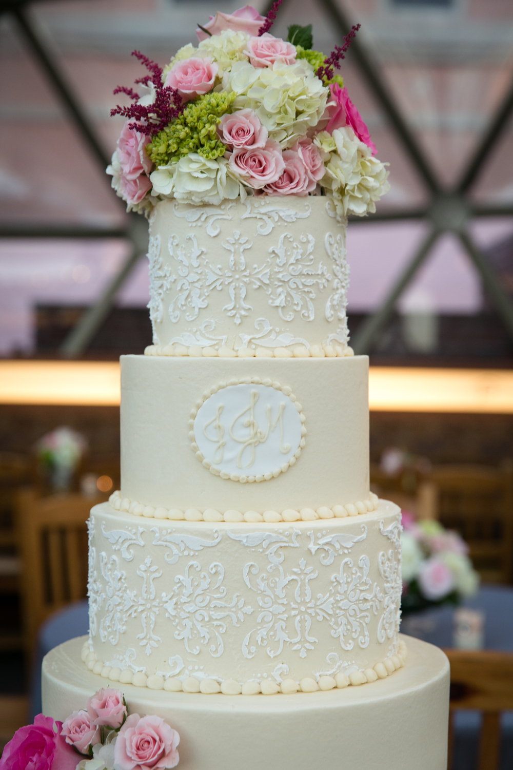 custom-wedding-cake-cream-white-damask-lace-texture-monogram2-sugarbeesweets.jpg