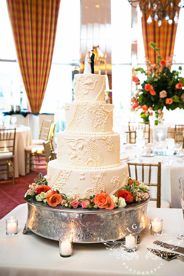 custom-wedding-cake-whiteonwhite-bold-lace-paisley-sugarbeesweets.jpg