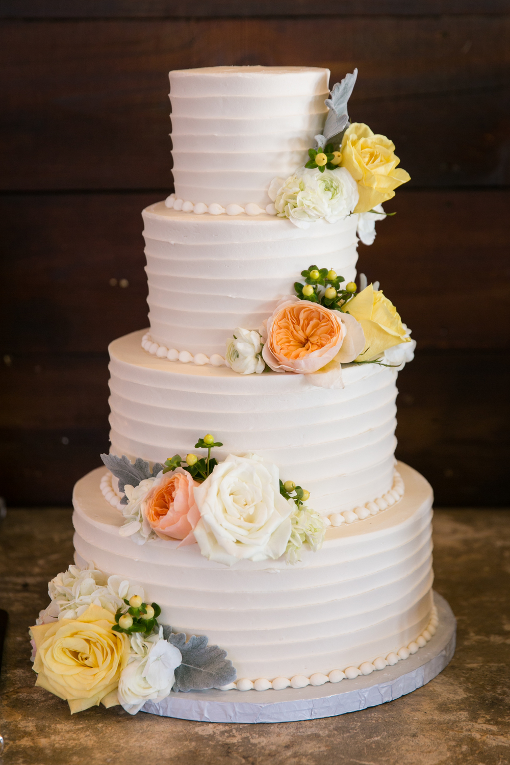 Simple Wedding Cake Photos