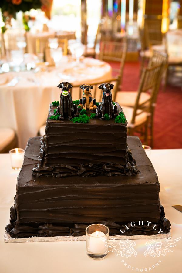 custom-grooms-cake-chocolate-texture-fondant-dogs-sugarbeesweets.jpg
