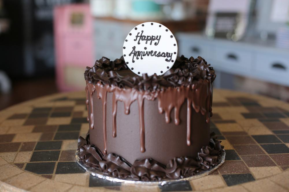 sugarbeesweets-signature-chocolate-drizzle-cake.jpg