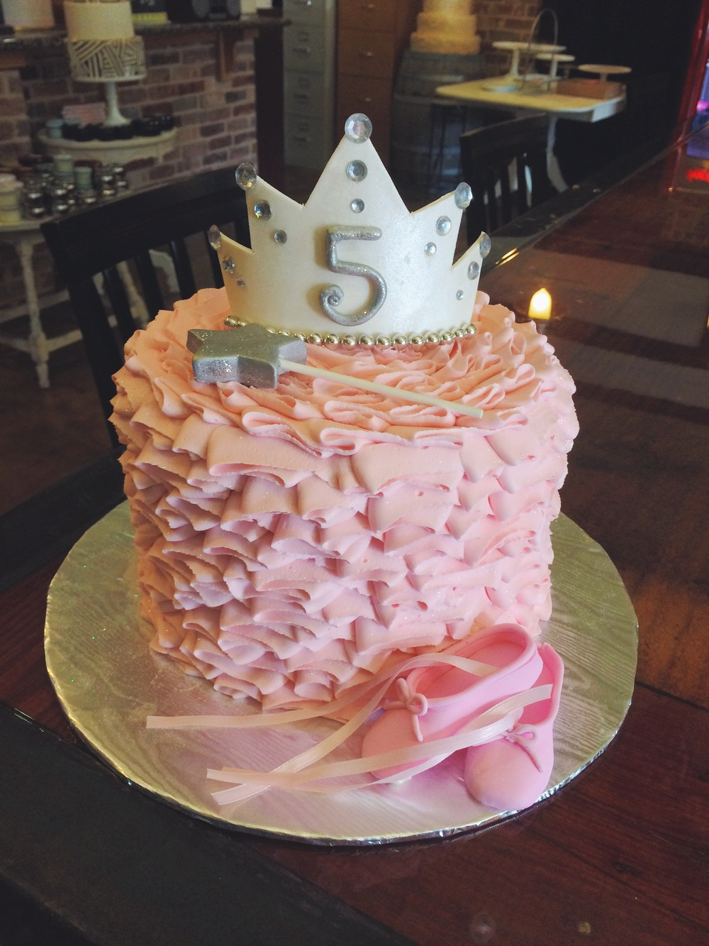 princess-ruffles-tiara-party-cake-sugarbeesweets.JPG