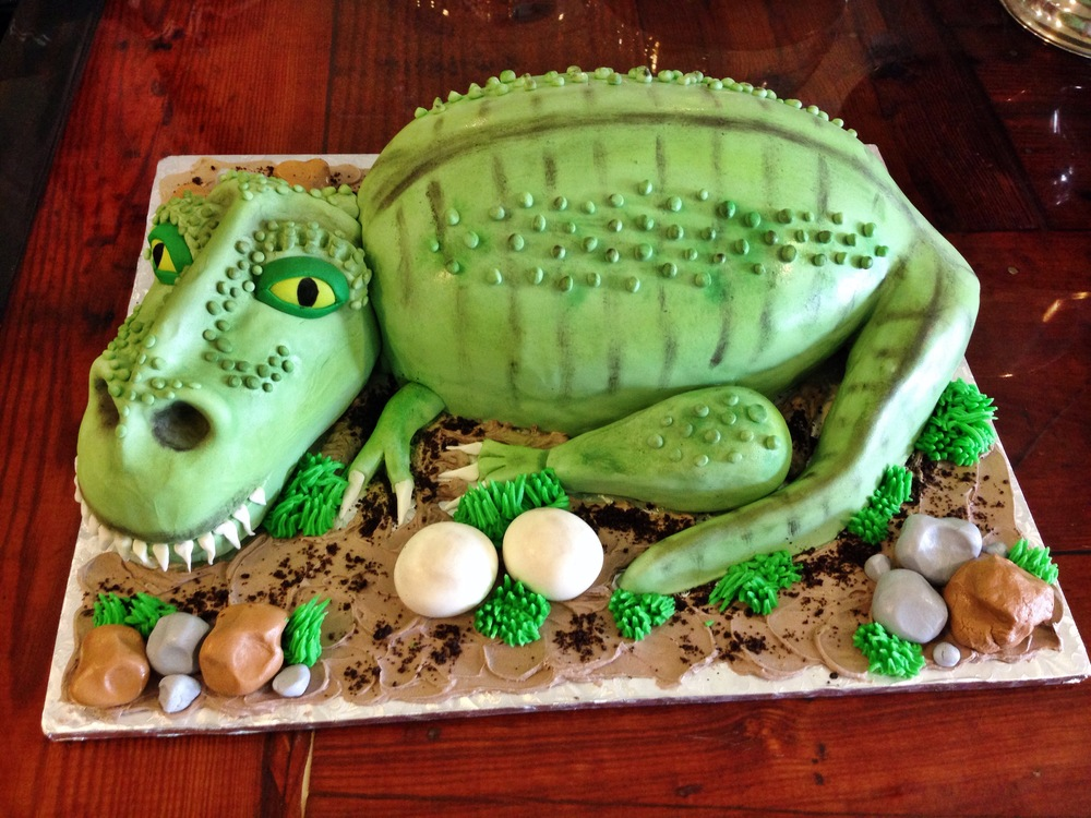 3D_Dinosaur_custom_boys_birthday_cake_sugarbeesweets_.JPG