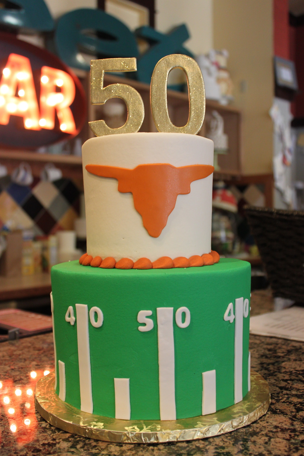 custom_50th_birthday_long_horns_football_sugarbeesweets.jpg