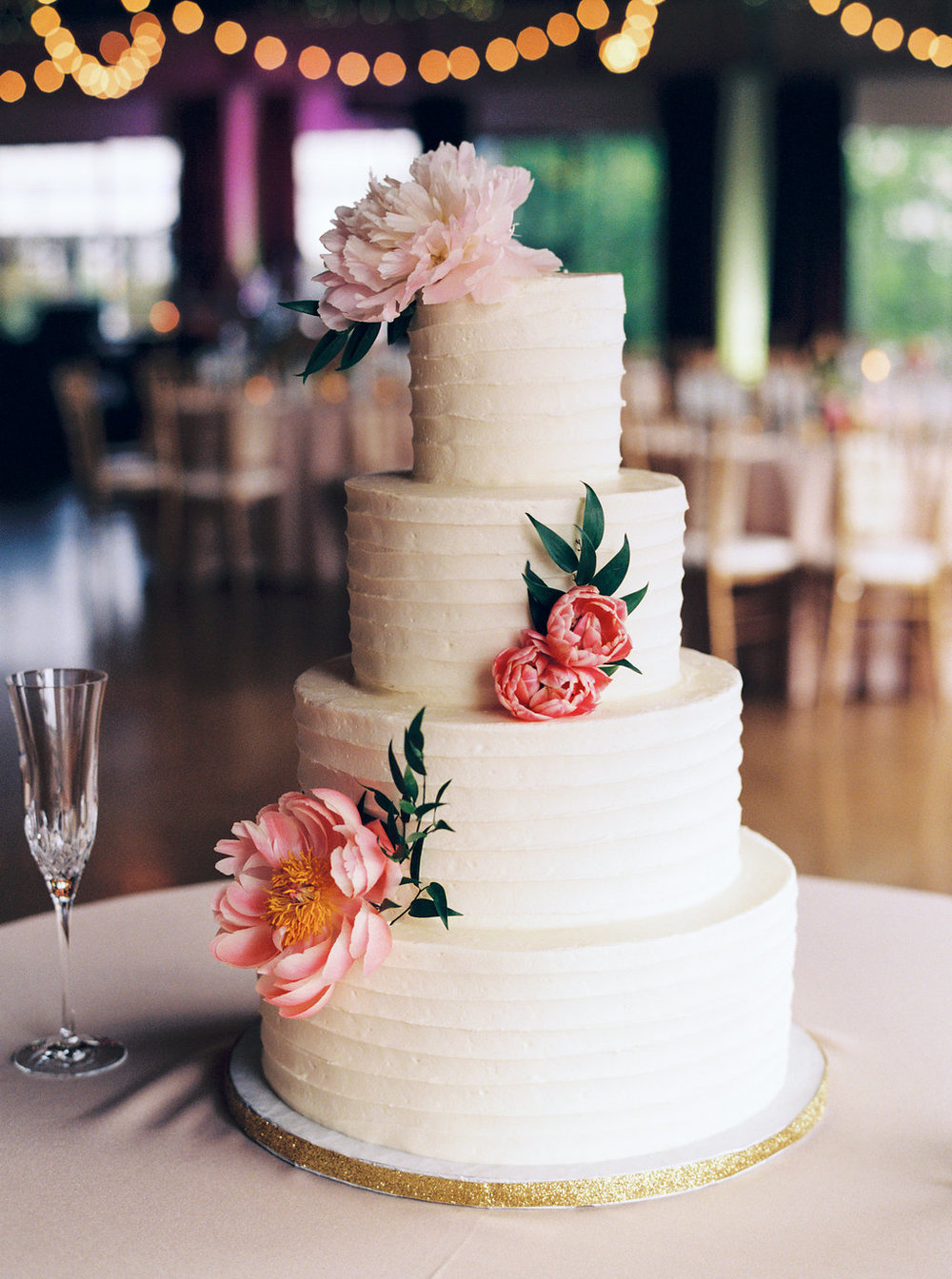 textured_buttercream_cake_fresh_floral_sugar_bee_sweets.jpg
