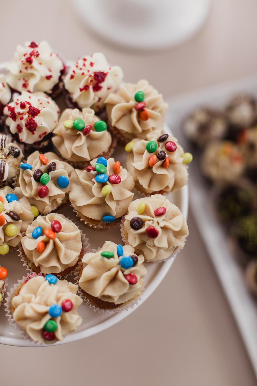 Mini_cupcakes_m&m.jpg