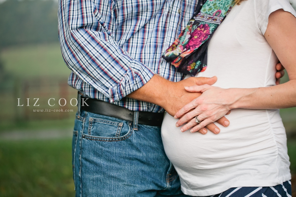 farmville_virginia_maternity_session_0002.jpg