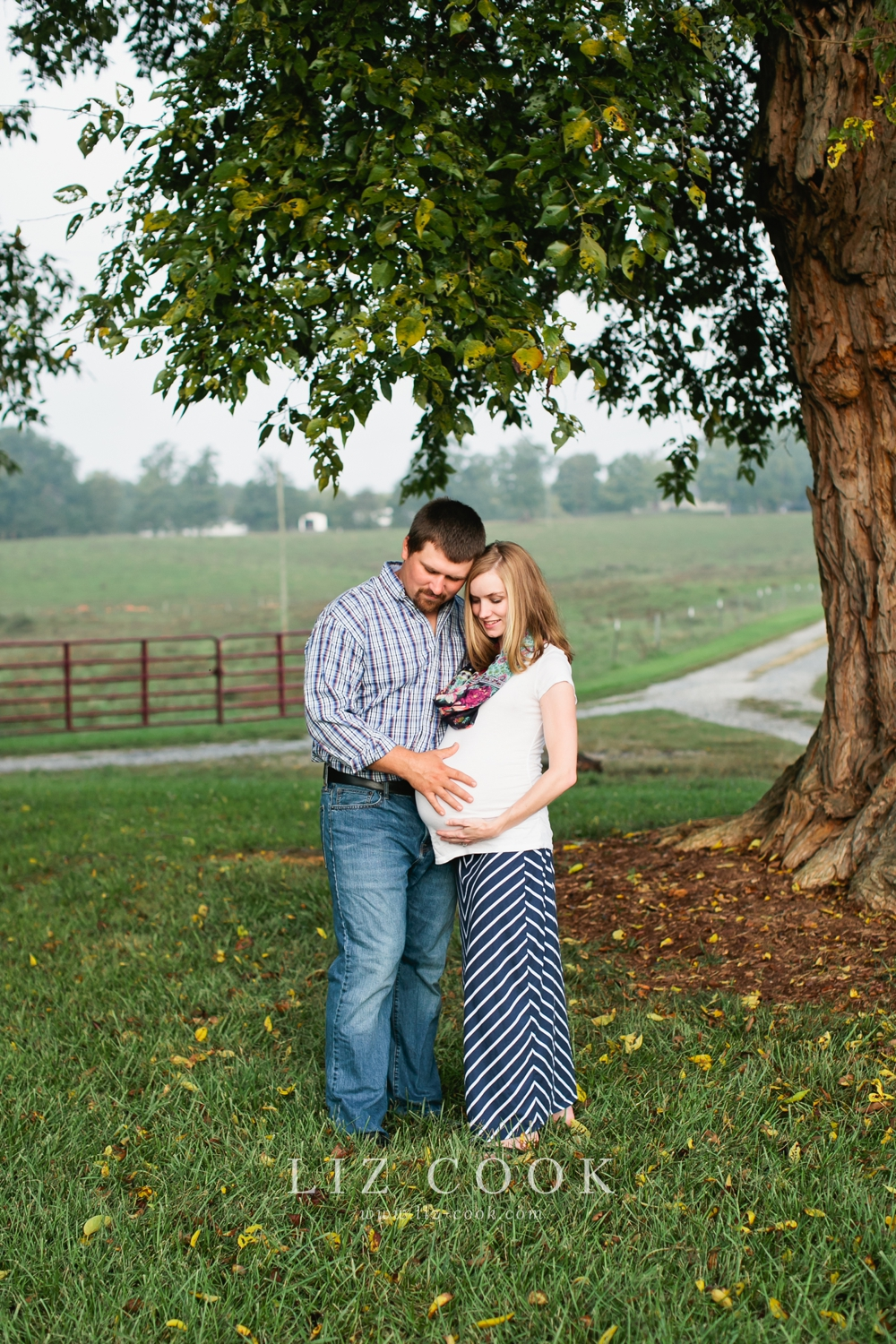 farmville_virginia_maternity_session_0003.jpg
