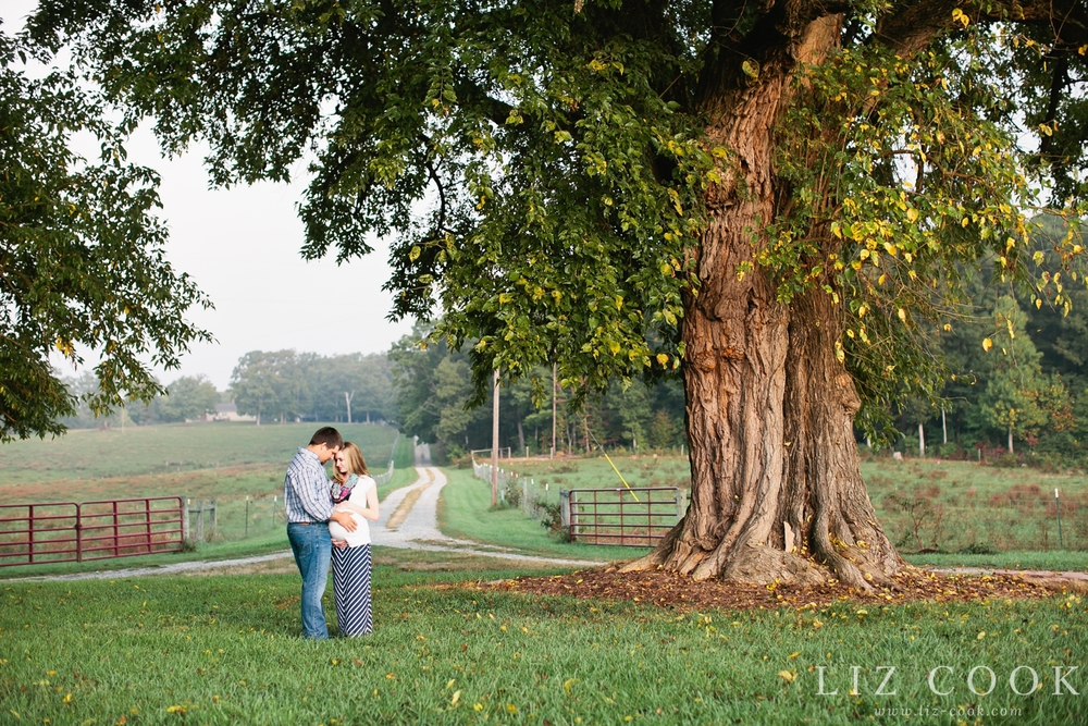 farmville_virginia_maternity_session_0006.jpg