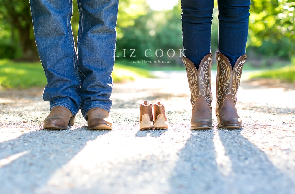 lynchburg_maternity_pictures__0011.jpg