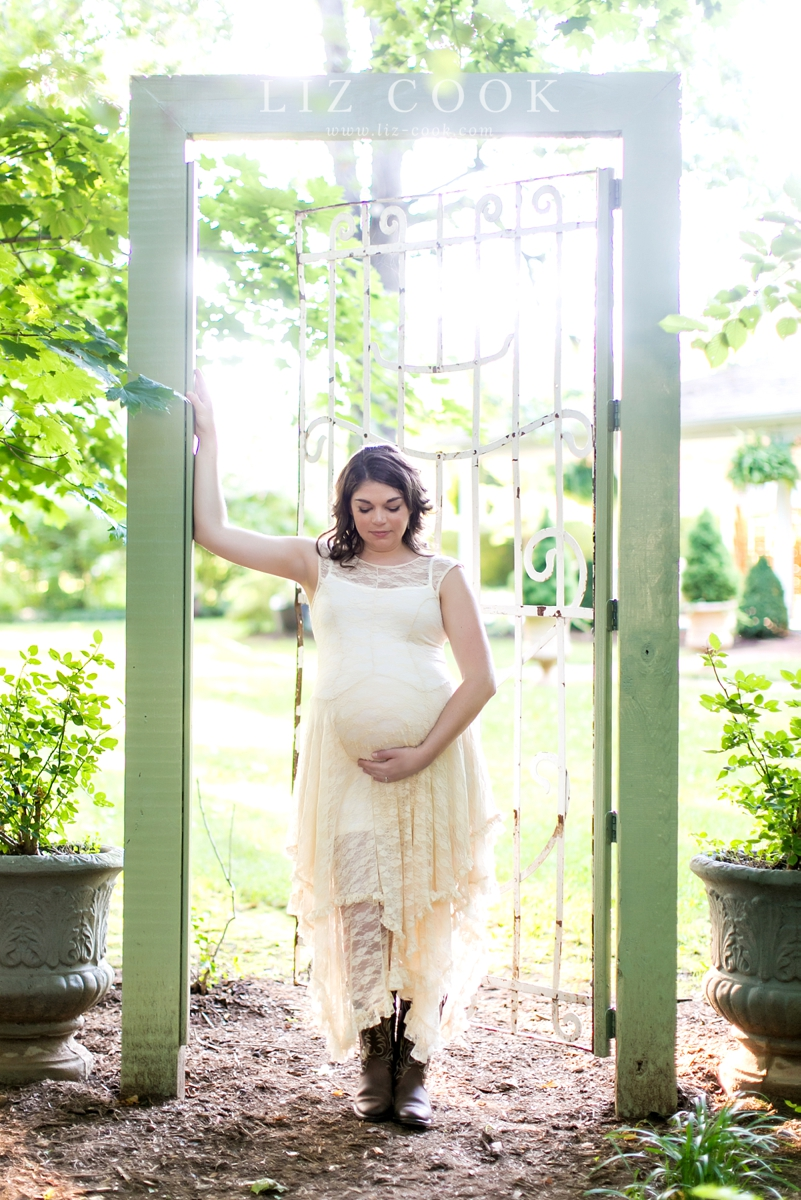 lynchburg_maternity_pictures__0020.jpg