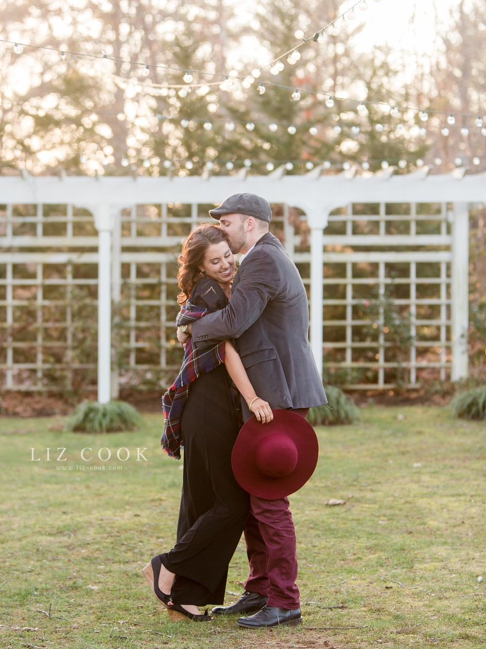 glencliff_manor_engagement_liz_cook_photography__0026.jpg