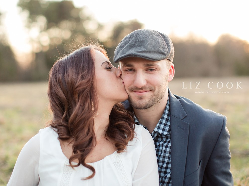 glencliff_manor_engagement_liz_cook_photography__0038.jpg