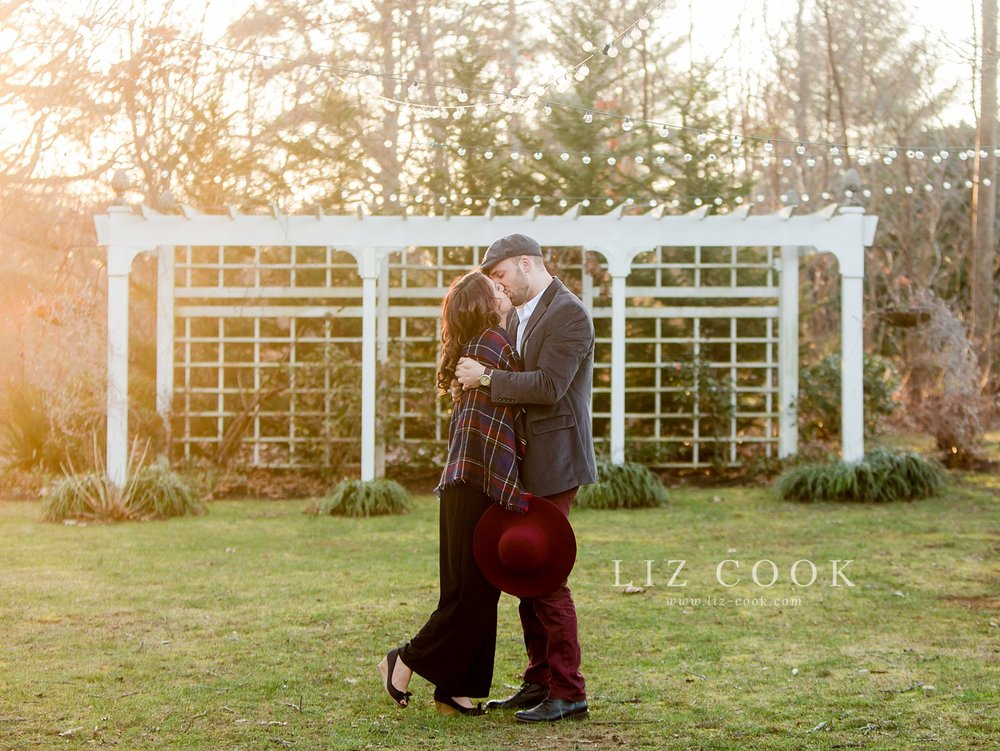 A Glencliff Manor Engagement Session
