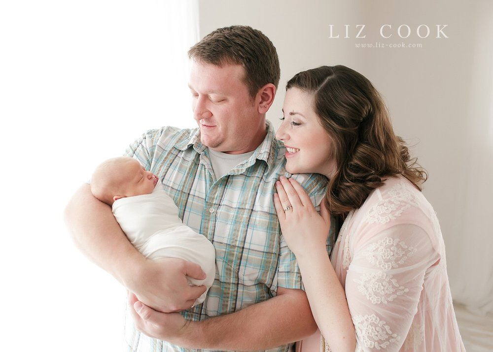 lynchburg-virginia-studio-newborn-pictures_0029.jpg