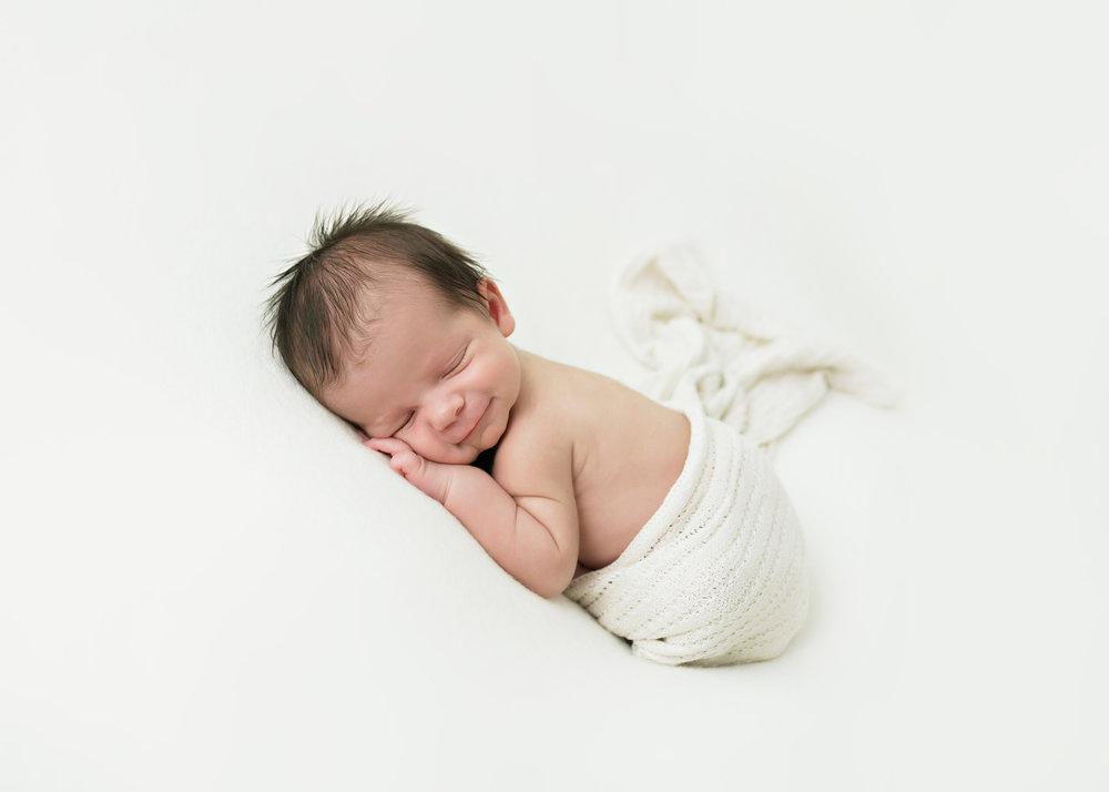 Newborn-Studio-004.jpg