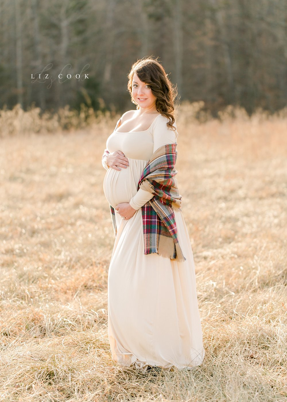 lynchburg-virginia-winter-maternity-photos-_0012.jpg