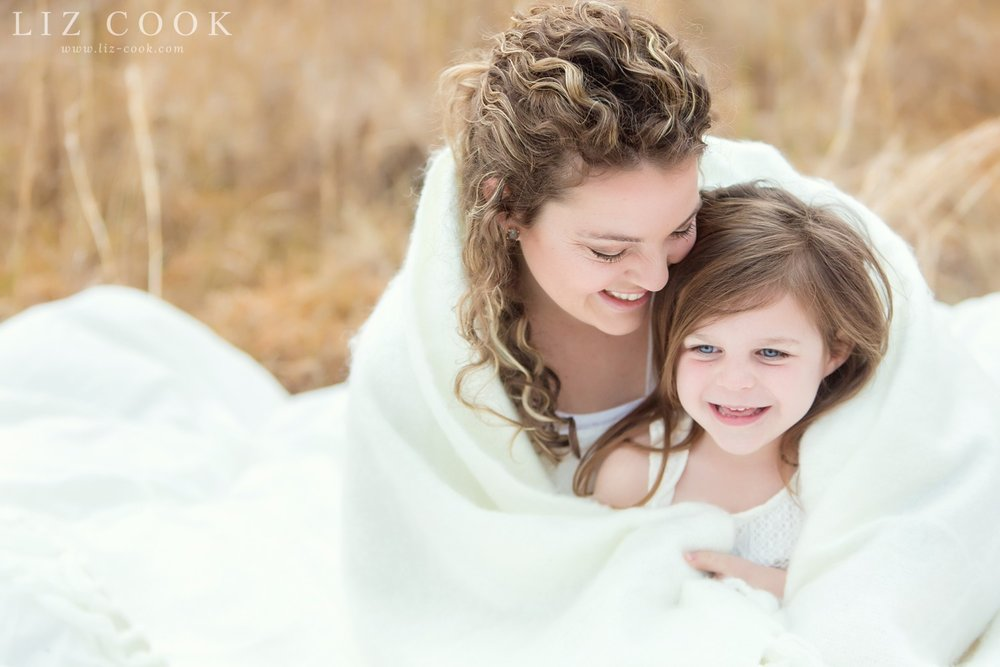 Ashley & Emmie - Mommy & Me Mini Session