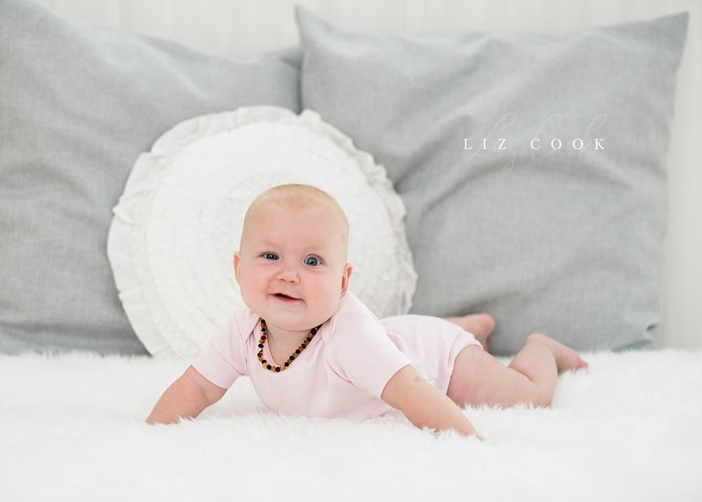 lynchburg-virginia-photography-studio-baby-girl-six-month-milestone-session-pictures-001.JPG