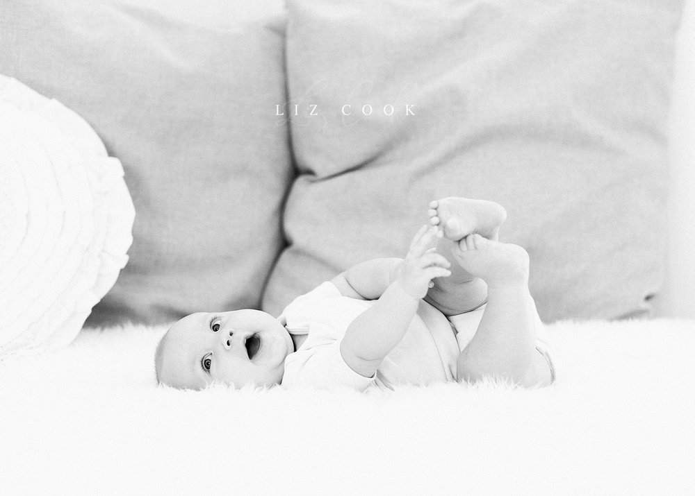 lynchburg-virginia-photography-studio-baby-girl-six-month-milestone-session-pictures-003.JPG