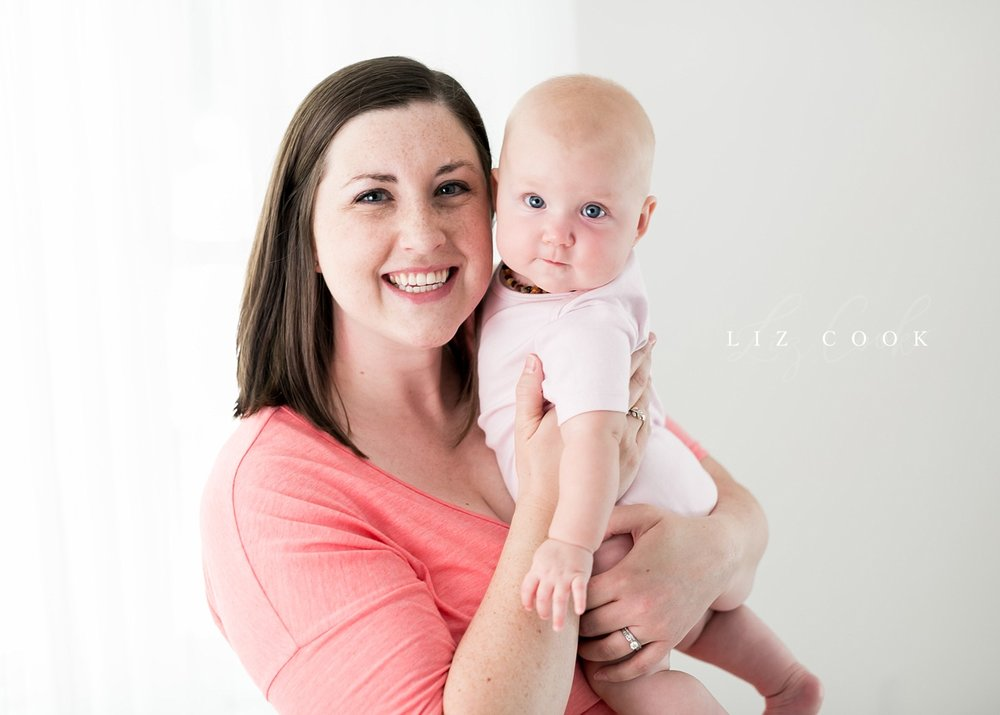 lynchburg-virginia-photography-studio-baby-girl-six-month-milestone-session-pictures-005.JPG