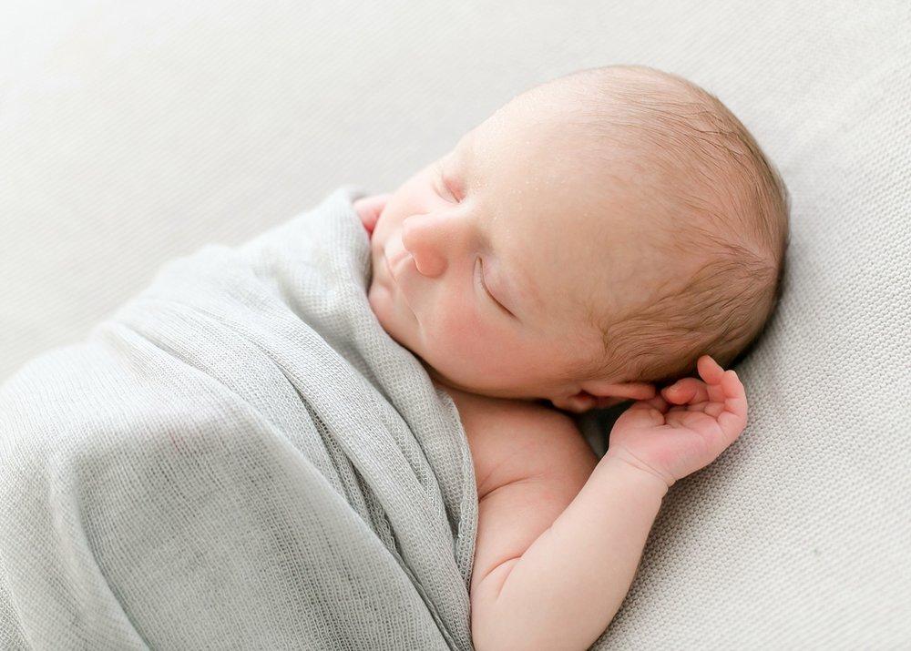 lynchburg-virginia-studio-newborn-photos-_0002.jpg
