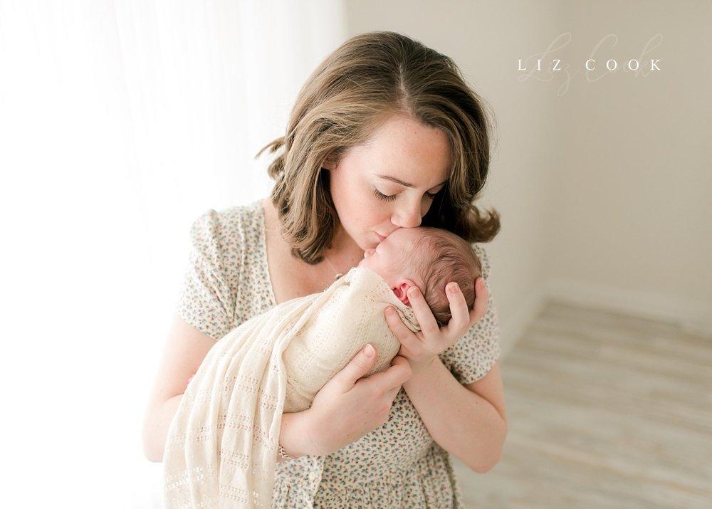 lynchburg-virginia-newborn-photography-studio-pictures_0017.jpg