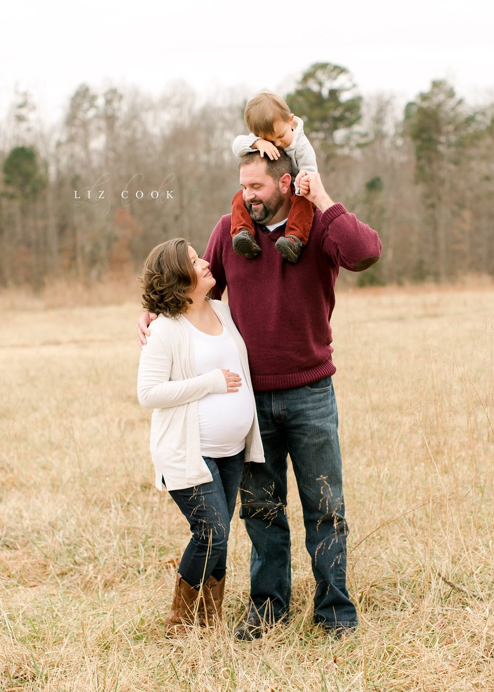 lynchburg-virginia-pregnancy-family-pictures_0026.jpg