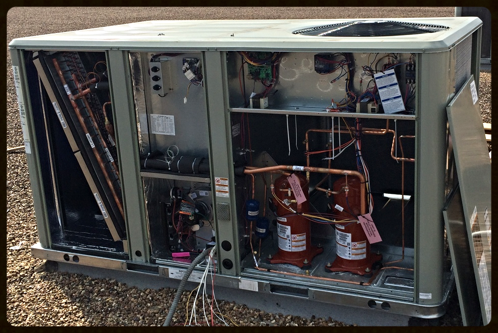 10 Ton Trane Package Hvac System On Retail Store