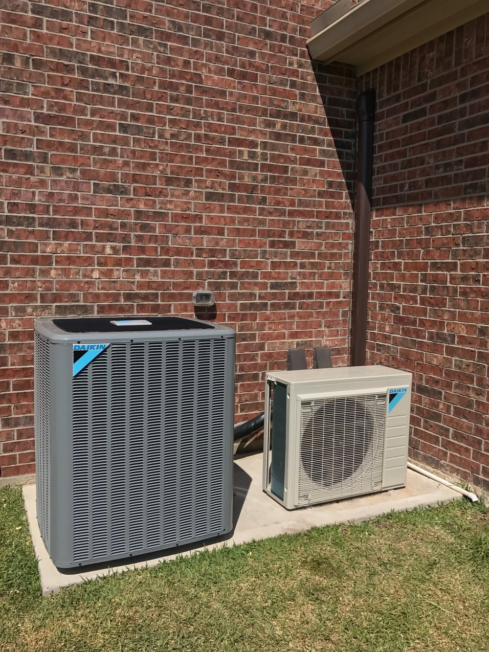 carrier 2 5 ton 16 seer. here we have two new 16 seer single speed carrier air conditioning and heating systems which were replaced with one daikin dx20vc 5 ton variable 2 seer g