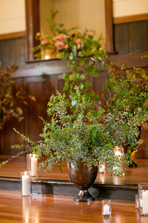 Hawthorn Flower Studio with Amanda Barnes for Sabine  (43).jpg