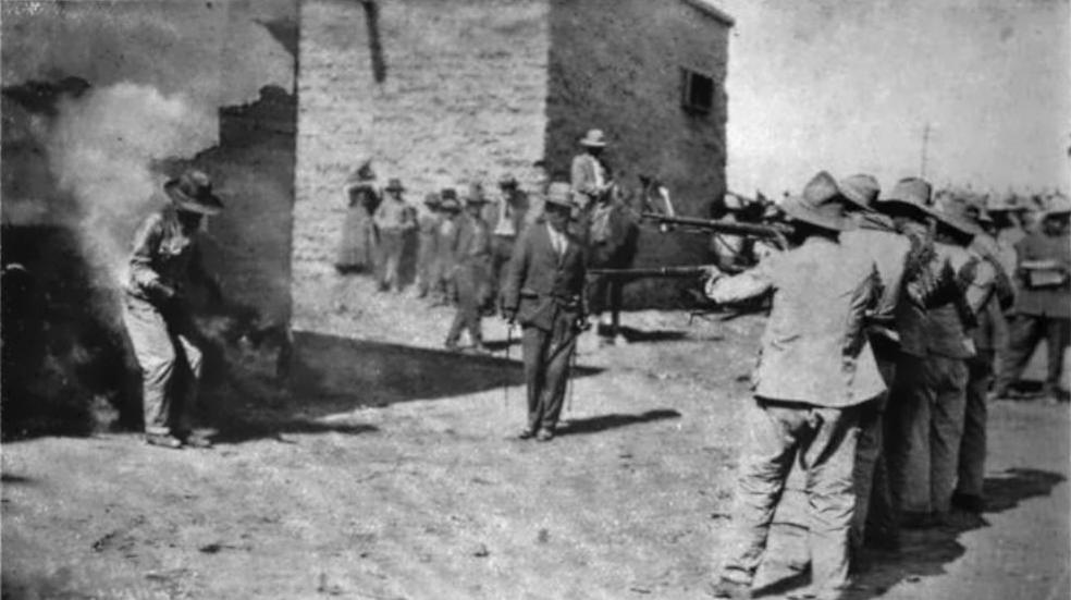 Execution of Villistas in Cd. Juarez in 1916