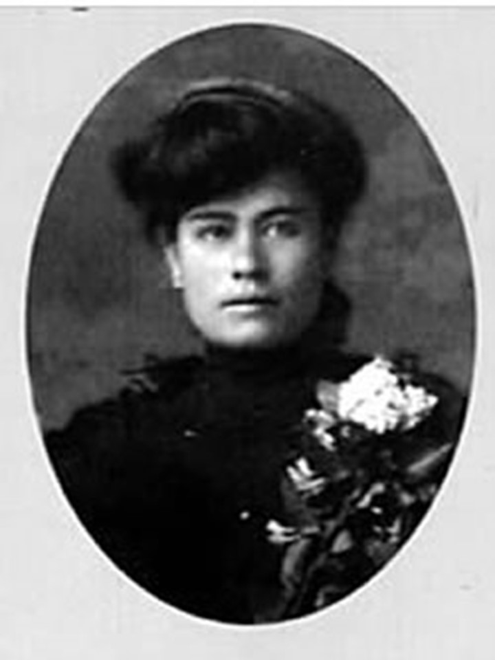 Elisa Griensen Zambrano of Parral