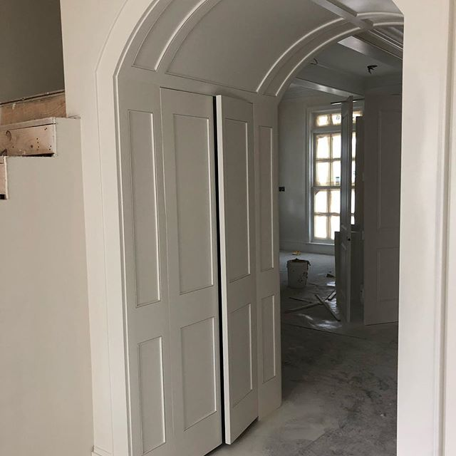 Love this hidden door integrated into the arched cased opening! Inside is a play nook for the kiddos!  #cagleyconstruction  #cagleycustomhomes  #Millwork🔥🔥🔥 #allinthedetails  #luxuryhomes