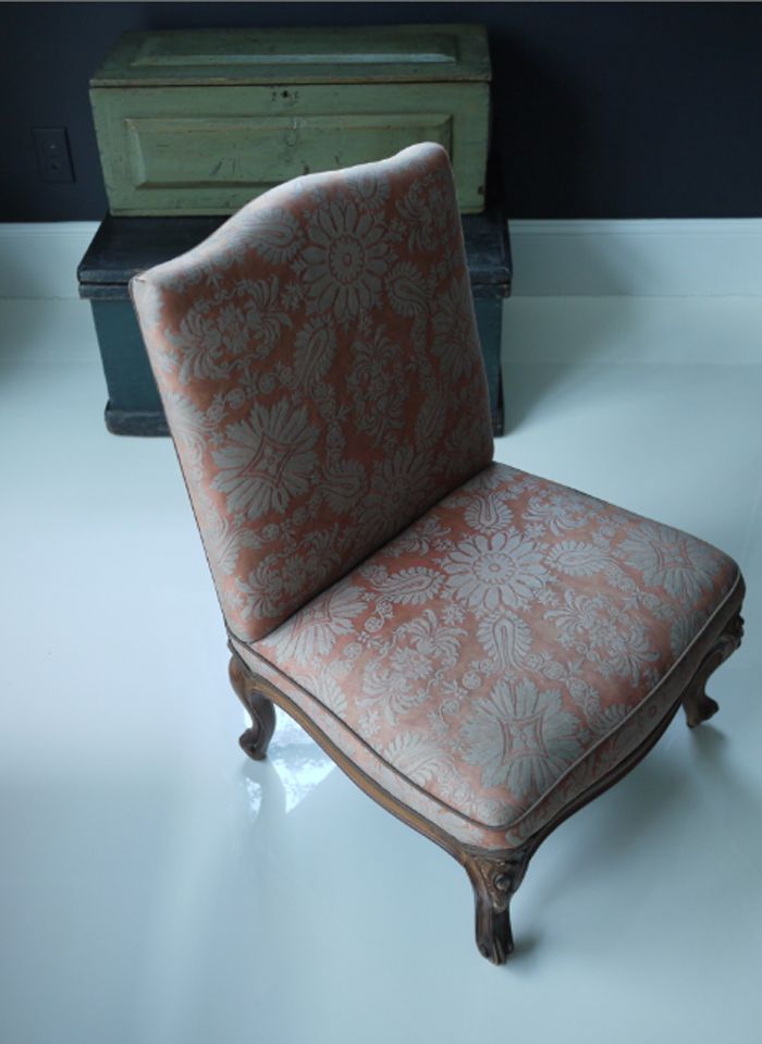 B-fortuny-chair.jpg
