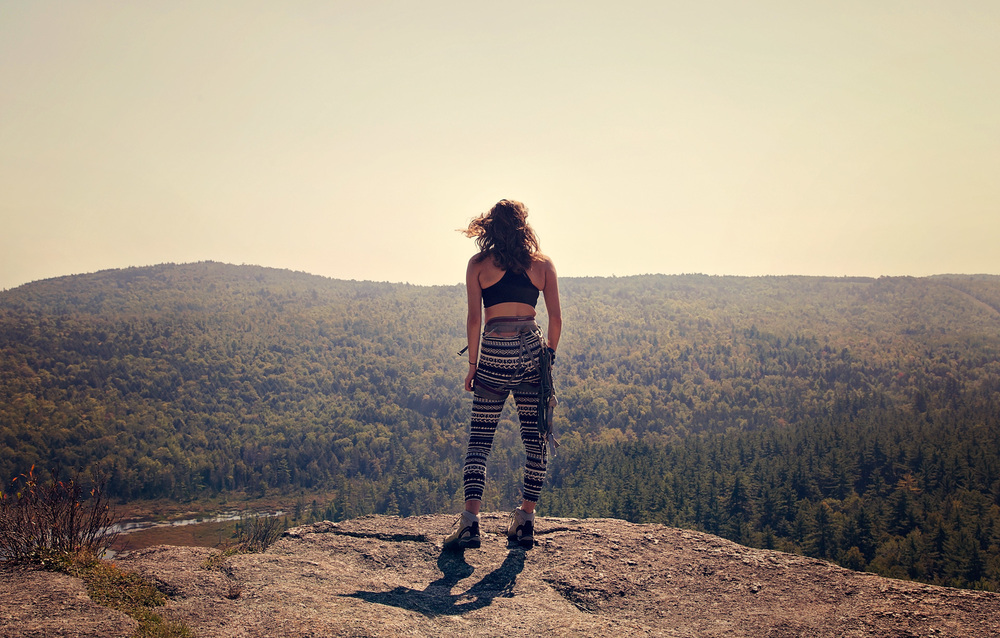woman-mountain-climbing-clifton-maine-unity-college-parisleaf.jpg