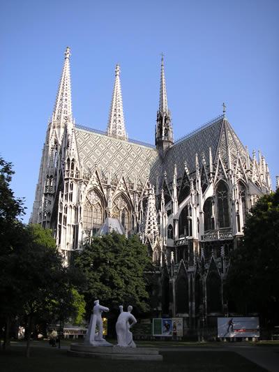 Votivkirche_Vienna.jpg