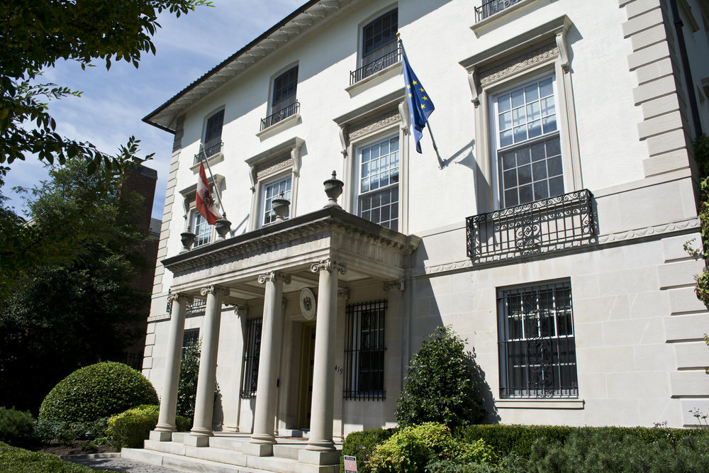 The Residence of the Ambassador to the United States on Wyoming Avenue, NW. Flickr/  Tim Evanson .