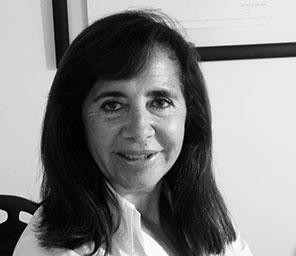 Adriana González.png