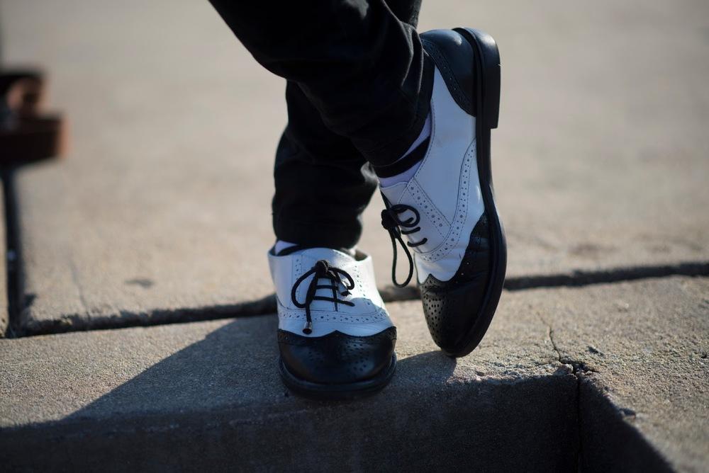 Black white spectator derby brogue women shoes college preppy girl