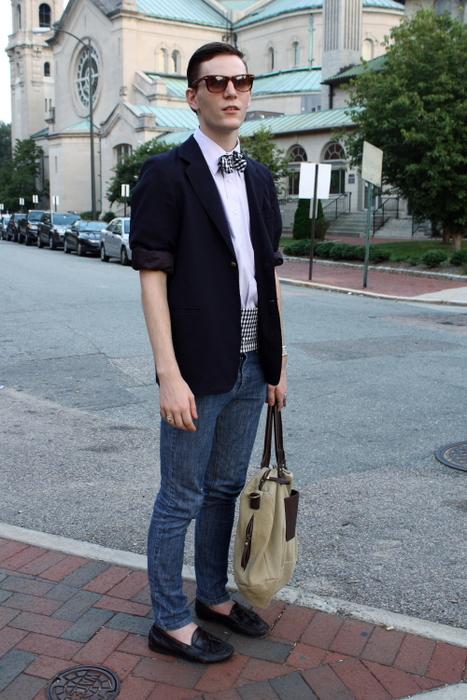 VCU student wears blazer with bow tie cummerbund blue slim jeans and black tasseled loafers