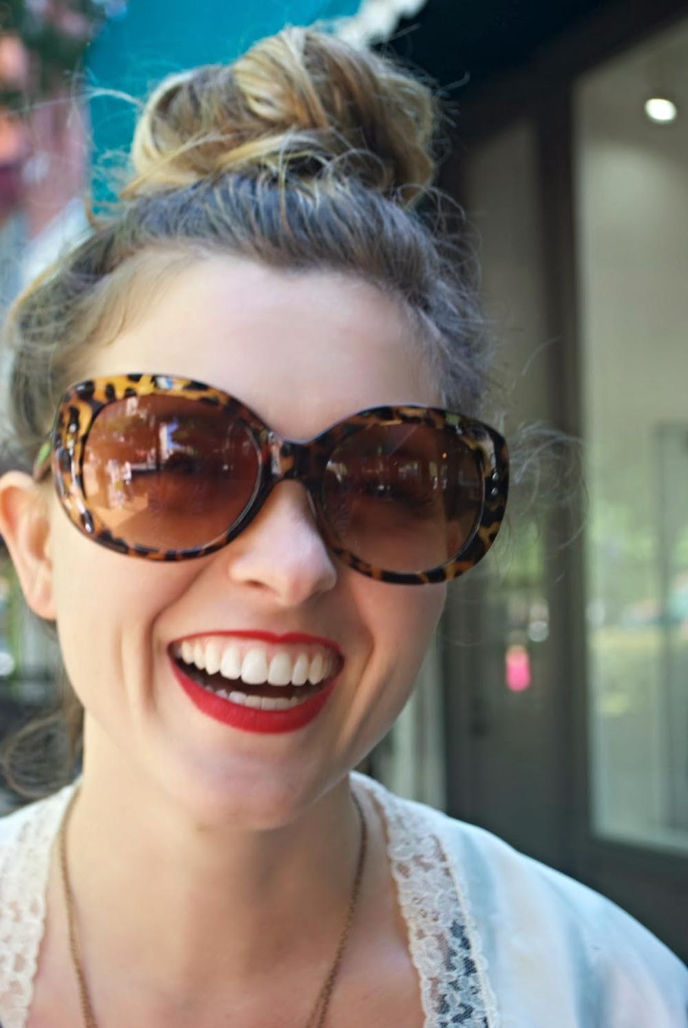 UGA Student  Tortoise Shell Vintage Sunglasses  White Chiffon Lace Bolero