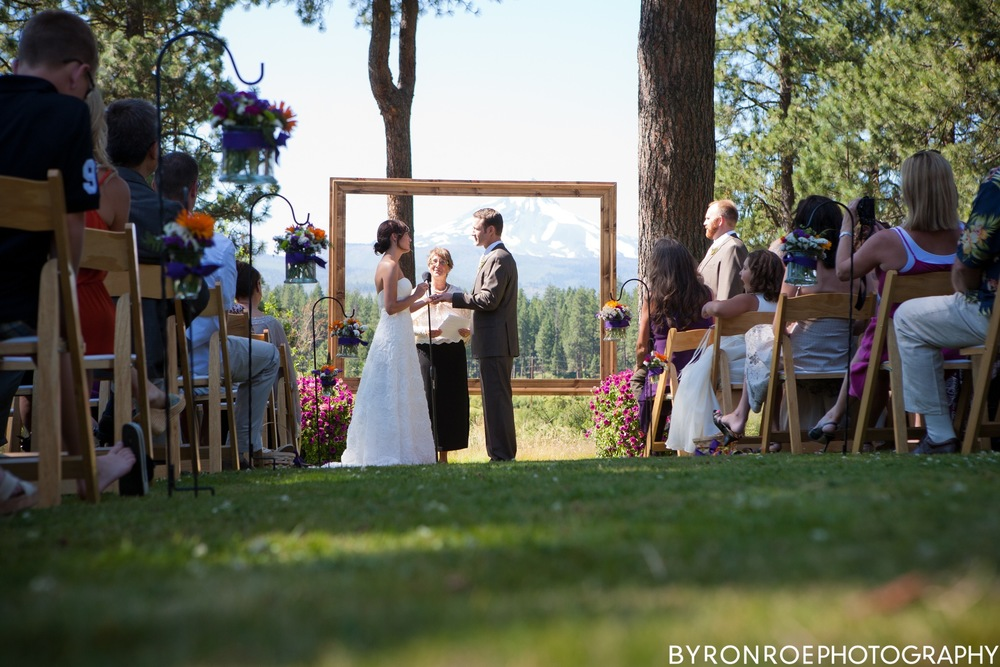 byronroephotography-houseonmetolius-caseydamon-wedding2012-high-63.jpg
