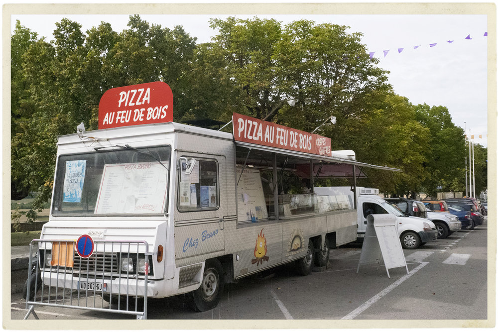 The Sault pizza truck - actually open!