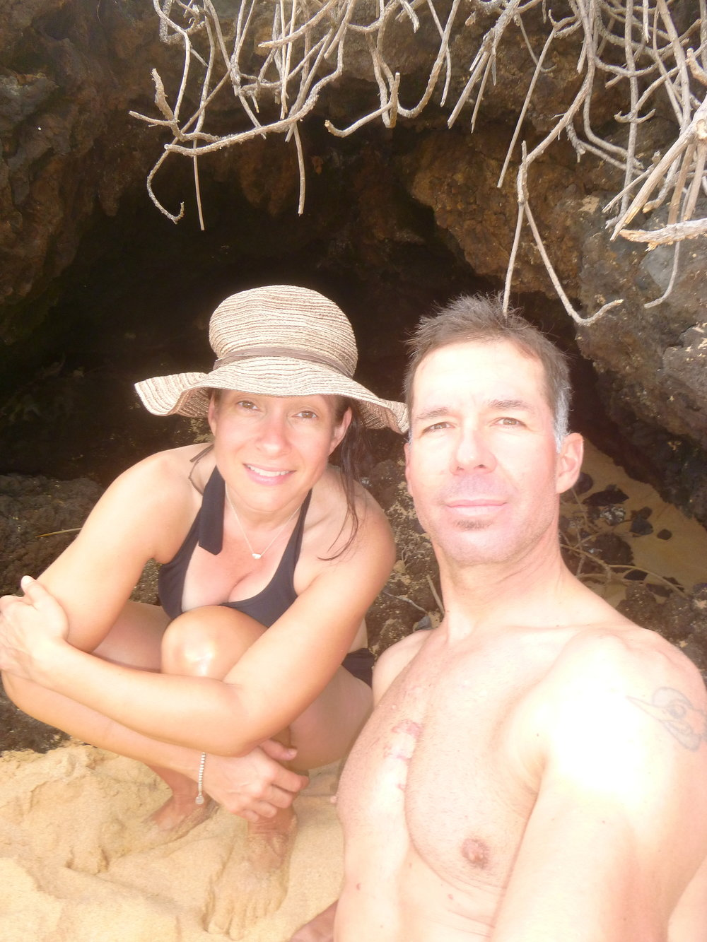 We found a lava flow cave on the south end of Big Beach!